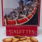 Boîte de galettes bretonnes illustrée par Alain Coadou